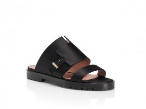 Desejo do Dia: conforto e estilo na sandália flat de cetim by Hugo Boss