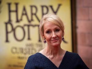 Nos 51 anos de J.K. Rowling, 5 momentos da criadora de Harry Potter