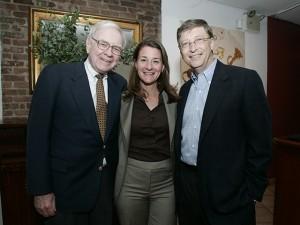 Warren Buffett faz doação bilionária para fundação de Bill Gates. Quanto?