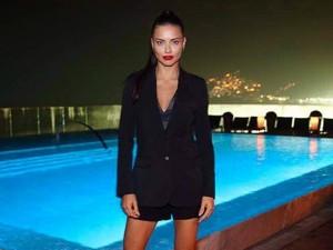 Adriana Lima está à procura de um namorado brasileiro. Candidatos?