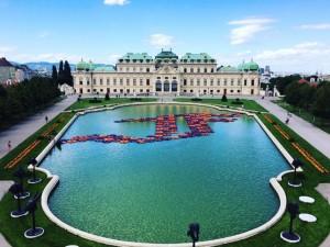 Nova instalação do chinês Ai Weiwei invade palácio em Viena. Confira!