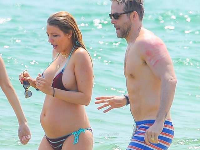 Blake lively and ryan reynolds still dating dad 10