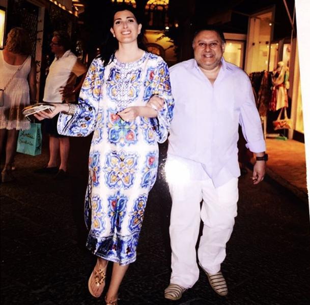 Tania e Marcos Derani curtem férias em Capri!