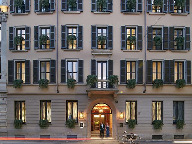 Fachada do Mandarin Hotel em Milão || Crédito: Reprodução