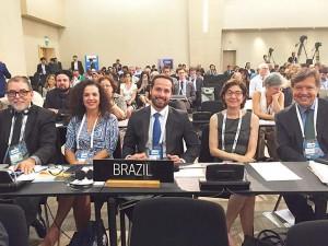 Ministro da Cultura tenta emplacar o Brasil em pleno golpe na Turquia