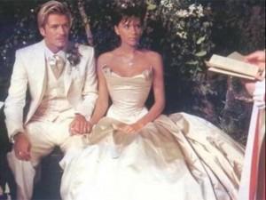 Victoria e David Beckham relembram o dia do sim com declarações de amor
