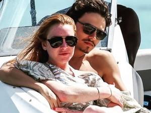 Apaixonada, Lindsay Lohan comemora 30 anos com o noivo em Mykonos