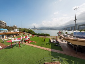Casa da Suíça inaugura na Lagoa com pista de patinação e trenzinho