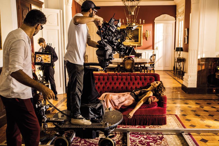 """Camila Pitanga faz Maria Tereza na terceira fase. A atriz acredita que o trabalho com o diretor a levou à conquista da """"liberdade criativa"""""""