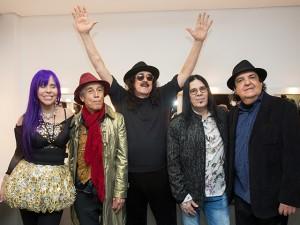 Novos Baianos estreiam turnê em SP com emoção e grandes clássicos