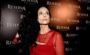 """Sônia Braga alfineta novelas e classificação de 18 anos de """"Aquarius"""""""