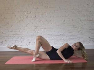 Dica para o corpo? O método de balé no chão, que promete corpo escultural