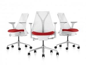 Lá em Casa: mais estilo com as cadeiras ergonômicas Sayl da Herman Miller