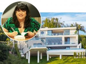 "Autora de ""50 Tons de Cinza"" compra mansão de US$ 7 mi em Los Angeles"