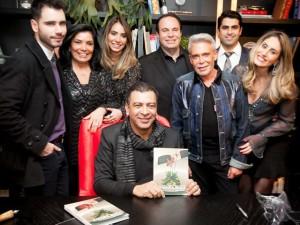 """Dunelli Casa lança nova linha em noite de autógrafos de """"A Grande Beleza"""""""