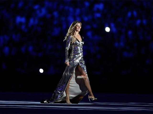 Gisele Bündchen durante a cerimônia de abertura das Olimpíadas do Rio