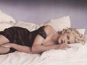 Madonna visita o MoMA em Nova York para assistir a… Madonna!