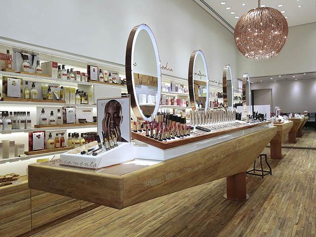 Nova loja da Natura no Shopping Villa-Lobos: cheirinho de erva doce no ar