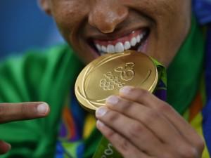 As próximas medalhas olímpicas poderão ser feitas com iPhone. Oi?