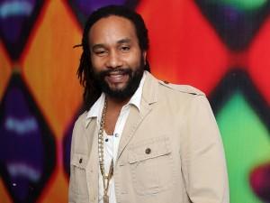 Filho de Bob Marley canta na Casa da Jamaica durante as Olimpíadas