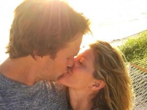 Gisele Bündchen faz declaração de amor a Tom Brady no Instagram