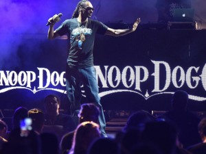 Mais de 50 são expulsos do show de Snoop Dogg por uso excessivo de álcool