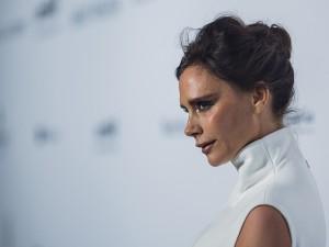 Quer ver as primeiras imagens da linha de Victoria Beckham com Estée Lauder?