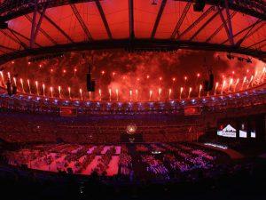Jogos Paralímpicos se despedem com festa marcada pela diversidade cultural