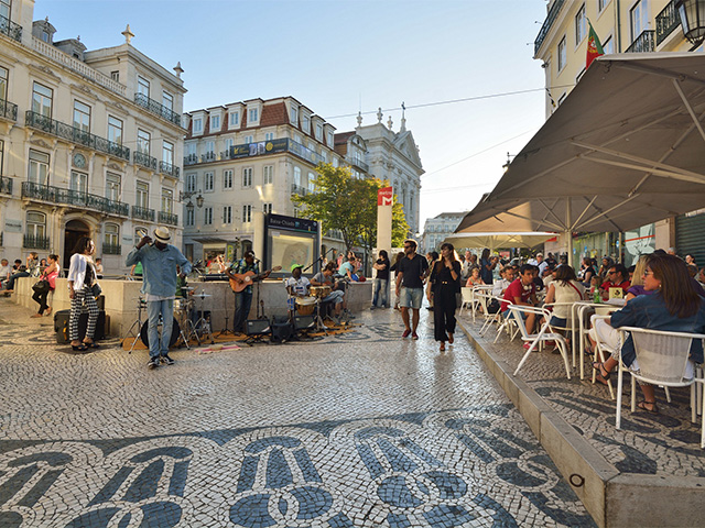 Largo do Chiado, no Centro de Lisboa