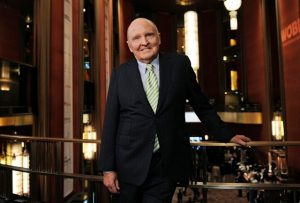 Poderoso do mundo corporativo, Jack Welch levanta bandeira a favor de Trump