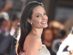Angelina Jolie já tem novo lar para viver com seus 6 filhos. Vem saber!