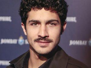 Filho de Ricardo Darín brilha como ator, mas quer fazer o oposto do pai
