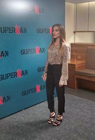 Cléo Pires, nesta terça-feira durante o lançamento de SuperMax  || Créditos: Glamurama