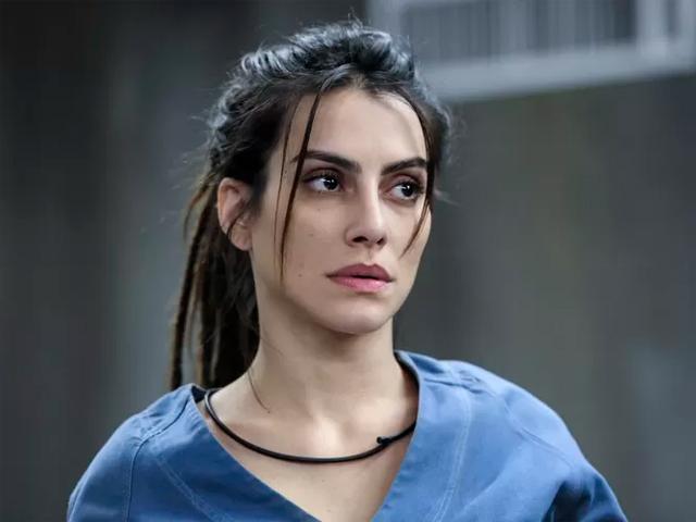 Cléo Pires no papel de Sabrina em Supermax  ||  Créditos: TV Globo