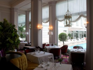 Chefs com estrela Michelin armam jantar do bem no Copacabana Palace