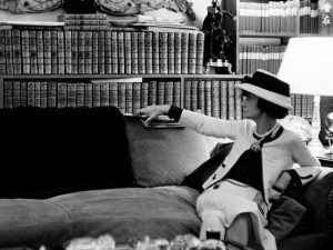 Veneza homenageia Coco Chanel. Confira imagens da exposição e da abertura