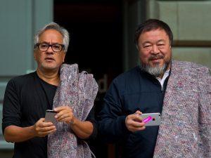 Anish Kapoor releva exclusão de Ai Weiwei e participa de Bienal da China