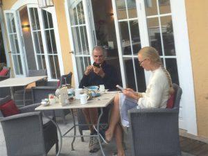 Vem tomar o café da manhã com Patrick Demarchelier em St. Tropez