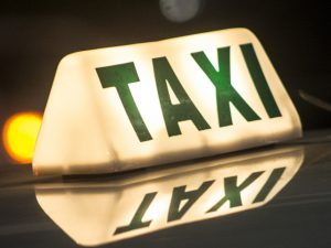 Aplicativo busca soluções para melhorar a segurança de mulheres no táxi