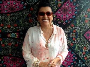"""Regina Casé reestreia """"Esquenta"""" com um quê de """"Brasil Legal"""""""