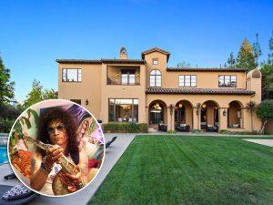 Slash, do Guns N 'Roses, dá desconto de US$1 mi em mansão de Beverly Hills