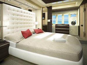 Iate de luxo com décor Armani será apresentado pela primeira vez no Brasil