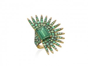 Desejo do Dia: anel de esmeraldas, turmalina e diamantes da Amsterdam Sauer. Puro poder…