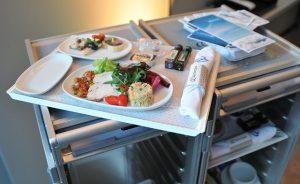 """Air Europa deixou glamurettes em clima """"business class"""" no Lado B por Moto Z"""