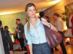 Nota 10! Pietra Bertolazzi elege look Forum para curtir o Lado B por Moto Z