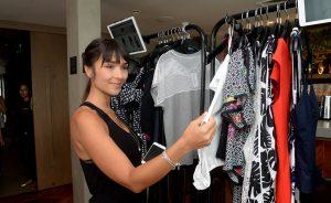 Glamurettes reunidas em lançamento de moda com pocket show de Marcella Fogaça