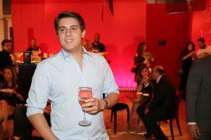 Direto de Miami, Antônio Leuzzi deu rasante no aniversário da Revista J.P