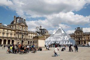 França vai investir mais de R$ 10 bilhões em cultura para atrair turistas