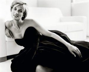 Diana, em seu último ensaio para o fotógrafo    Créditos: Divulgação
