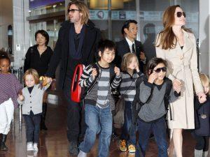 Ex-segurança dos Jolie-Pitt revela detalhes sobre a vida íntima da família